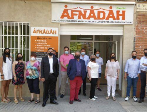 Visita de las empresas que colaboran con AFNADAH